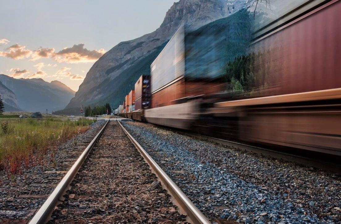 logistica_distributiva_trasporto_terra.001